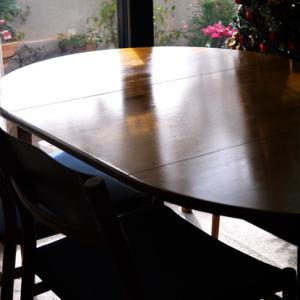 《楽天購入品》蜜蝋ワックスでテーブルを磨く。