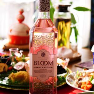 バラ香るピンクのお酒。