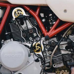 ムルティ1000カスタム篇 speedymoto製ベルトカバー LEGGERO