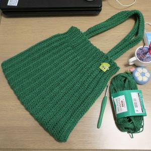 LiLinana*さんのゴム編み風バッグを編みました。