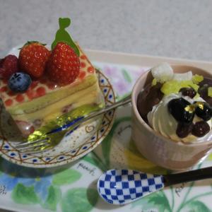 食べ過ぎました…結婚記念日にケーキ4個