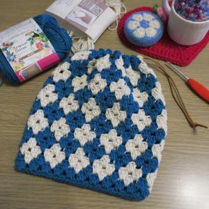 リリナナさんのお花巾着を編みました。