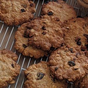 オートミールとレーズンのクッキー&雑穀粉とパンプキンシードのマフィンのレッスン