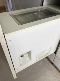 システムキッチン米びつ交換
