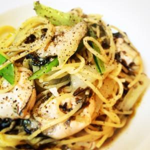 《牡蠣と海苔のスパゲティ》