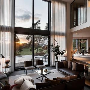 多方面から学ぶプロ的家具の配置