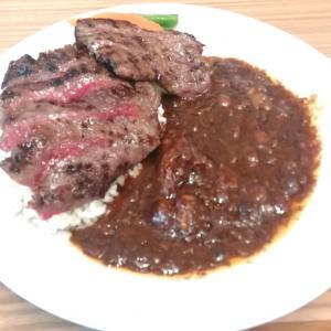 柳川黄金博多和牛カレー(ステーキのせ)~清柳食産