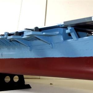 CROWN 1/550 航空母艦信濃 素組塗装 (昔の艦船模型)