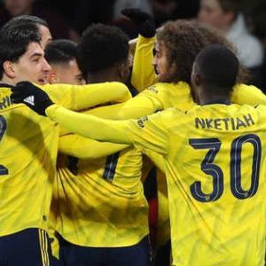 <FA杯>4回戦 アーセナルがボーンマスに勝利し5回戦進出!しかしDFムスタフィが足の負傷で交代