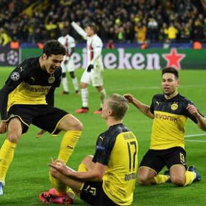 <UEFA-CL>決勝T1回戦第1戦 ドルトムント×PSG、アトレティコ×リバプール 結果