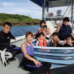 7月27日 恩納村ファミリーで貸切チャーター海遊び♪