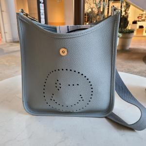 NPHで買ったバッグが壊れました