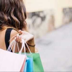 流行色以外に買い物で私たちが乗せられているもの♪ 実はこんなこともあるんです!