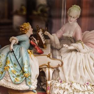 ★☆ アンティーク陶磁器の人形 ~ヨーロッパ陶磁器のフィギュアの歴史~ ★☆
