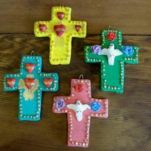 メキシコの陶作家アギラールファミリーの十字架[Pick Up]