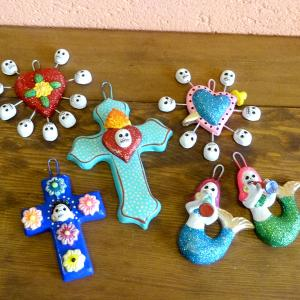 メキシコのガイコツの陶器壁飾り[Pick Up]