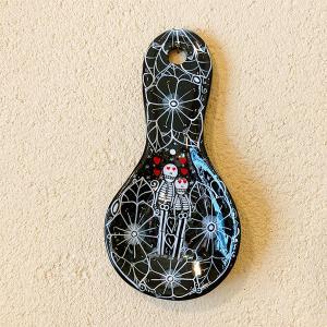 メキシコのガイコツの陶器スプーン型壁飾り[Pick Up]