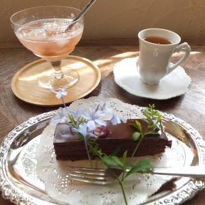 Tea Cozy「アンティーク・ショップ&cafe」