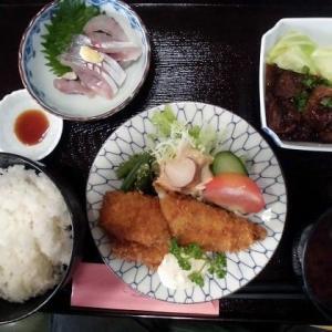 1156) 松幸日替わりランチ ~あじのフライと刺身/土手煮