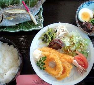 1206) 松幸日替わりランチ ~イカリング&エビフライ/イサキの塩焼き/牛すじのどて煮