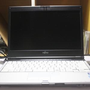 レンタルノートパソコン fujitsu fmv lifebook s560 b(fmvns3bm) 1ヶ月3000円