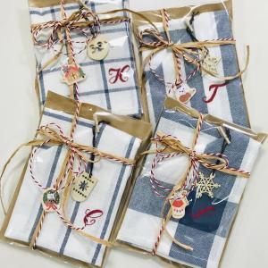 手刺繍入りクリスマスプレゼント
