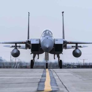 旧型F-15を米に売却検討 最新鋭F-35導入の原資に