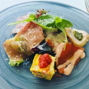 【渋谷ランチ】オマール海老とステーキのセットでプチ贅沢