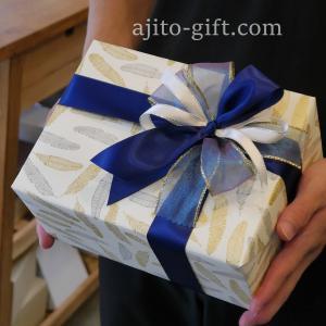 持ち込みラッピング事例 誕生日プレゼントのショルダーバッグ