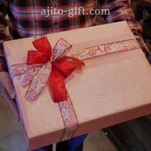 持ち込みラッピング事例 誕生日プレゼントのバッグ