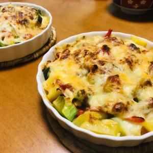 マイブームの残り野菜のチーズ焼きと娘の作った麻婆丼が美味しい