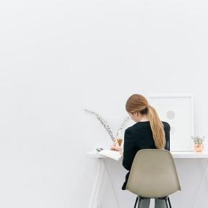 ◇ 好きな時間に書いて、接客を学ぶ・相談する「いつでも接客講座」