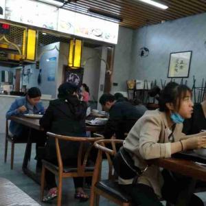 新型コロナウイルス、武漢市は封鎖解除、日本は緊急事態宣言。西安はゆるみ気味。