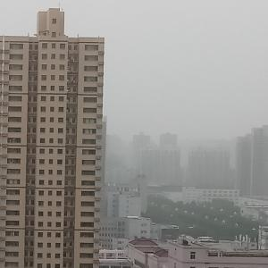黄砂かPM2.5か、突然の大気汚染