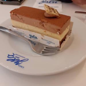 老舗のケーキ屋さんへ(カサ・イスラCasa Ysla)