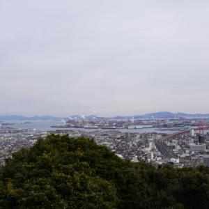神社に行ったはずが…☆高塔山へ♪