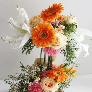 【生花アレンジメント】華やかなデザインのアレンジメント パーティーにも使えるお花