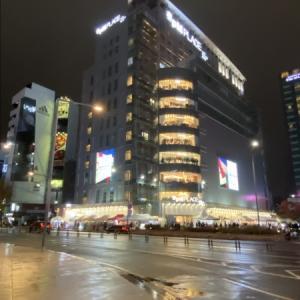 今Seoulで旬なボアアウター
