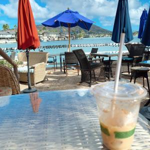 ハワイアン・ハニー・ラテ@水辺のカフェ