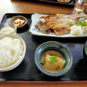 千駄ヶ谷「鳥と焼酎 ゆりかご」その2・本日の魚定食