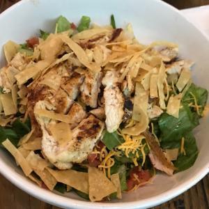 おうちで簡単Chipotle風サラダ