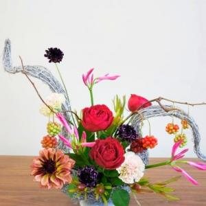 フェアリー趣味コース作品「カップ咲きのバラを使って」
