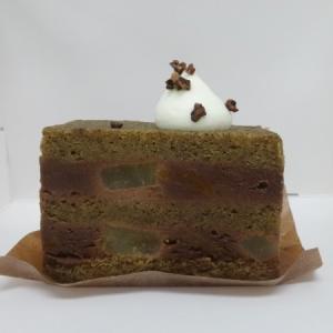 ゼロワンカレーAoDオカシモアルヨ @三田*洋梨とあんずとチョコのケーキ、フロマージュブラン