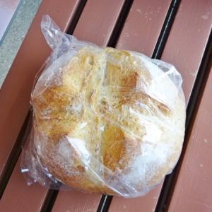 オオゼキ*カンパーニュブール、ミルククリームパン
