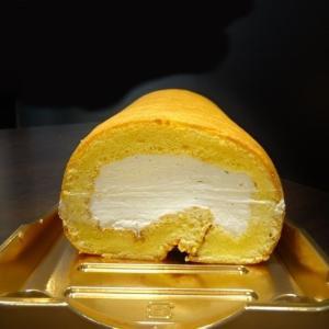 成城石井*ふんわりはちみつロールケーキ、ふんわりしっとりスフレチーズケーキ