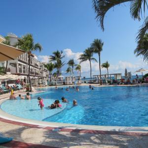 メキシコ カンクン 有名なリゾート