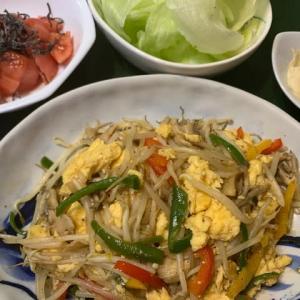 ふわふわ卵ともやしの炒め物と週末のカレーライス
