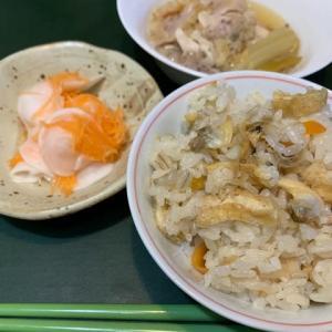 映えないけど体に良い参鶏湯の夕食