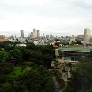 ★椿山荘の最上階、朝寝朝酒朝湯が大好きで~♪。