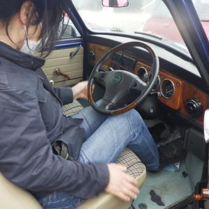YSN様 10年のぶりに復活の車ライフに選んだのはタヒチブルーの安心オートマ もちろんハートピストン入れますよ